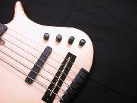 'Serie YC' - 'YC Fretless Semi-Acoustique' - '11'