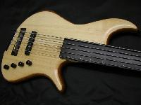 'Serie YC' - 'YC Fretless Semi-Acoustique' - '4'